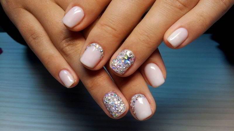 Дизайн ногтей френч 2017 фото новинки с блестящим гель лаком