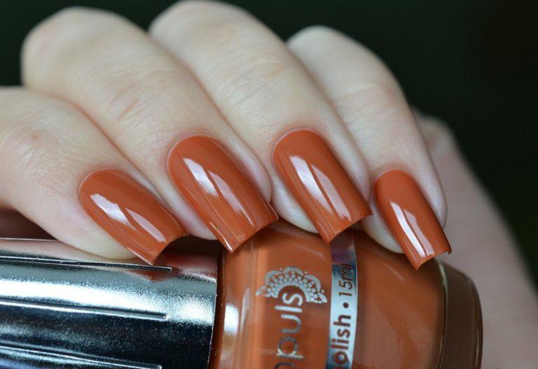 Терракотовый цвет лак для ногтей