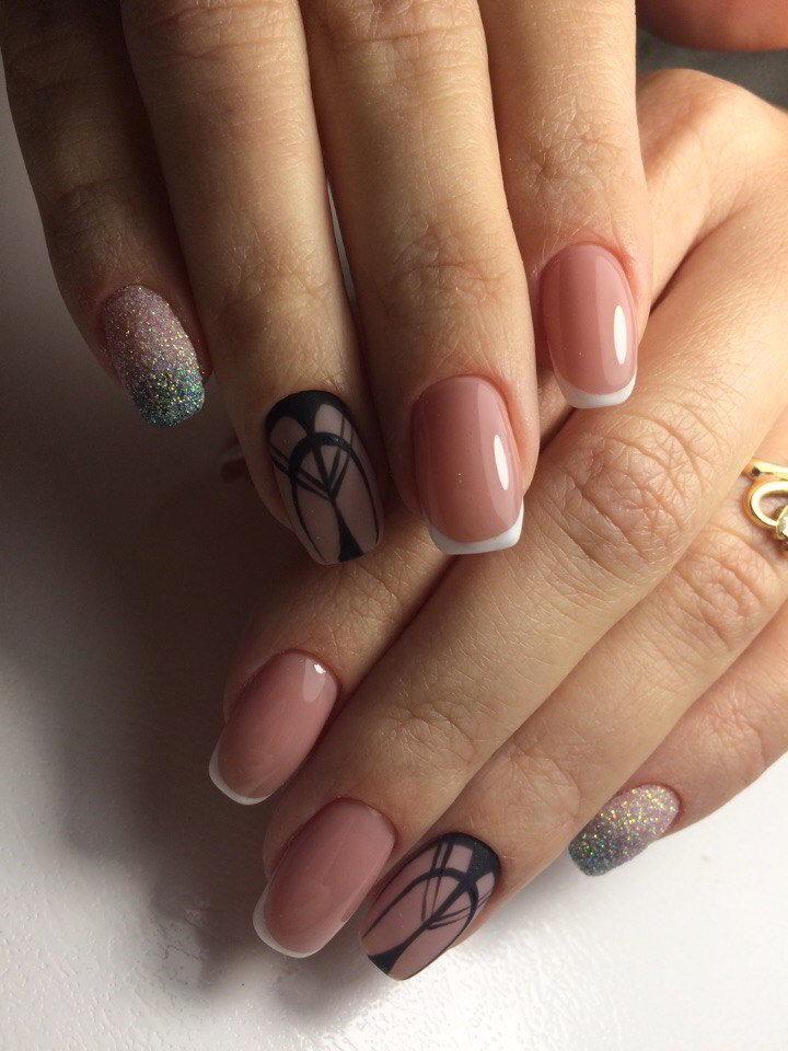 Френч с рисунком на ногтях