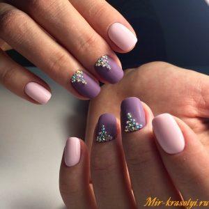 Маникюр для коротких ногтей в пастельных тонах фото