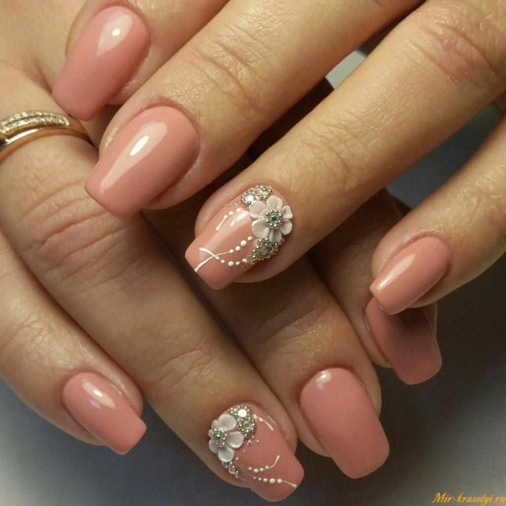 Красивый дизайн ногтей в пастельных тонах