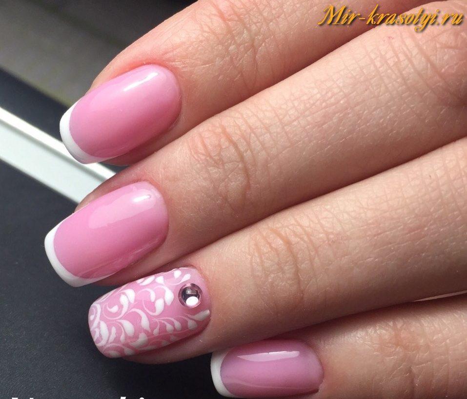 Дизайн ногтей в белом цвете