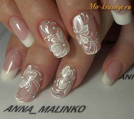 Дизайн ногтей френч из цветов 20
