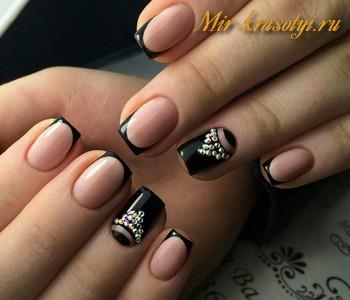 Черный дизайн ногтей 2017