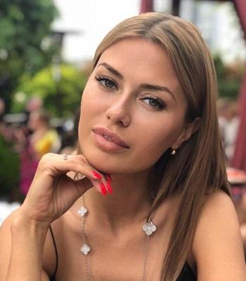 маникюр Виктории Боня