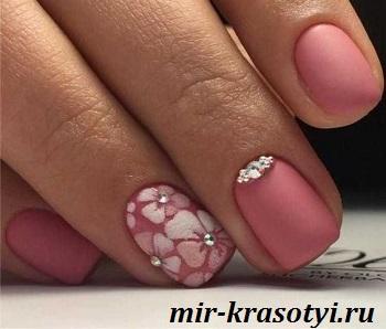 Дизайн ногтей 2022-2023 с цветами